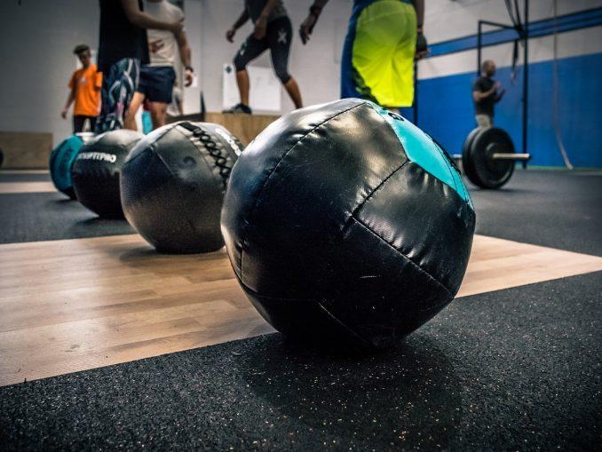 Sprzęty fitness, bez których Twoja siłownia nie może się obyć!